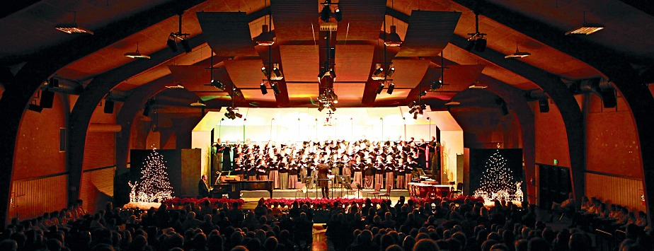 Conductor Ryan Murray leads Music in the Mountains